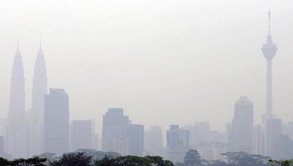 Haze Red Alert: Muar API hits 383 – Johor, Malacca, Singapore worst hit